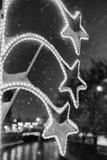 Gatalampa i snö Arkivfoto