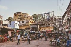 Gataliv i Varanasi, Indien fotografering för bildbyråer