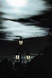Gataljus i månskenet Arkivbild