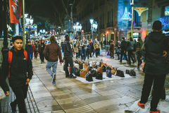 Gatamarknad i Bacelona, Spanien arkivfoto
