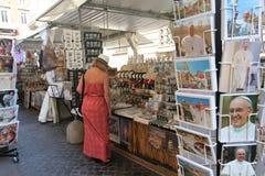 Gatamarknad i Rome Arkivfoto