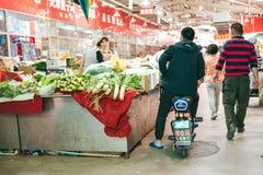Gatamarknader på Peking, Kina arkivfoton