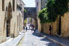 Gatan i den gamla staden av Rhodes Royaltyfria Bilder