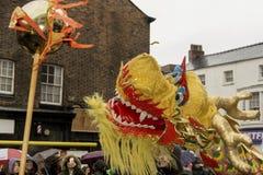 Gatan Liverpool ståtar den kinesiska för det nya året Royaltyfri Foto