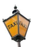 Gatan taxar undertecknar Arkivfoton