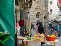 Gataplats av Betlehem, Palestina Israel royaltyfria foton