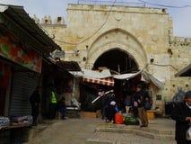 Gataplats av Betlehem, Palestina Israel royaltyfri fotografi