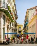 Gataplats i gammala Havana Arkivbilder