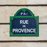 Gataplatta av Rue de Provence royaltyfri fotografi
