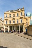Gatasikt av badet för gammal historisk stad, England, UK arkivbilder