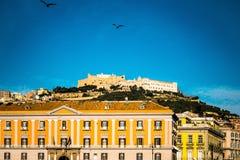 Gatasikt av den gamla staden i den Naples staden Royaltyfria Foton