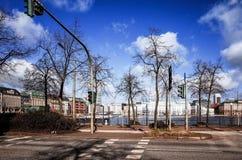 Gatasikt av i stadens centrum Hamburg, Tyskland Fotografering för Bildbyråer