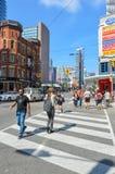 Gatasikt av i stadens centrum Toronto, Arkivfoto