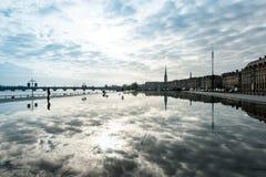 Gatasikt av stället De La Börs i den Bordeaux staden Royaltyfria Foton