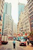 Gatasikt i glåmiga Chai, Hong Kong Royaltyfri Bild