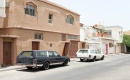 Gatasikt med parkerade bilar, Saudiarabien Fotografering för Bildbyråer