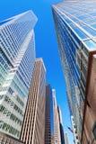 Gatasikt med skyskrapor i Manhattan, NYC Royaltyfri Fotografi