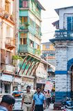 Gatasikt nära Grant Road Mumbai, Indien royaltyfri foto