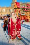 Gatchina,俄罗斯- 2017年1月6日:孩子的圣诞节展示在Gatchina宫殿前面的阅兵场的 免版税图库摄影