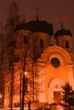GATCHINA, РОССИЙСКАЯ ФЕДЕРАЦИЯ - 23-ЬЕ ФЕВРАЛЯ 2019: Собор StPaul в вечере стоковая фотография