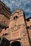 The gate at château du Haut-Kœnigsbourg. The château du Haut-Kœnigsbourg (German: Hohkönigsburg) is a medieval castle located at Orschwiller, Alsace, France Stock Photo