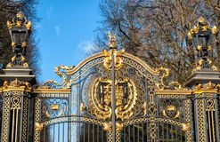 Gate with gilded ornaments in Buckingham Palace, London, UK Stock Images