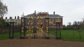 Gate. To Kensington palace Royalty Free Stock Photos