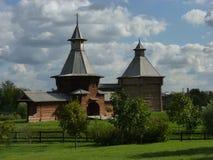Gate Tower of Nikolo-Korelskiy monastery. Wooden architecture, Kolomenskoye Museum, Moscow, Russia Stock Photo
