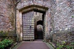 Gatehouse aan Dunster-Kasteel, het UK royalty-vrije stock afbeeldingen
