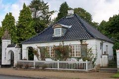 Gatehouse au château de Søllerød photo stock