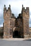 Gatehouse del castello di Alnwick Fotografie Stock