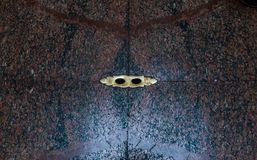 Gaten voor drainage in de marmeren vloer van het Pantheon, de beroemde Roman tempel royalty-vrije stock fotografie