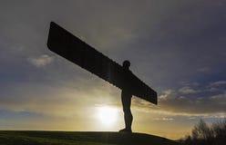 Gateshead/UK- 2-ое января 2015: Скульптура Анджел Antony Gormley t Стоковые Фото