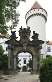 Gateway aan Konopiste in Tsjechische Republiek stock afbeeldingen