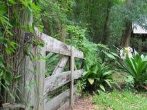 Gateway al jardín Fotografía de archivo libre de regalías