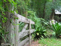 Gateway ao jardim Fotografia de Stock Royalty Free