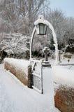 Gateway dans la neige photographie stock libre de droits