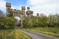 The gateway and gatehouse to Thurso Castle,Scotlan. Picture shows the gateway and gatehouse to Thurso Castle,Scotland Stock Images