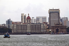 Gateway of India and Taj Mahal Palace hotel Royalty Free Stock Images