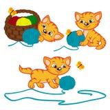 Gatito que juega con las bolas del hilado Fotografía de archivo libre de regalías