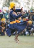 Gatka - forma de la guerra de los deportes para los sikhs Imágenes de archivo libres de regalías