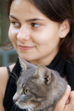 Gato-amistad Imágenes de archivo libres de regalías