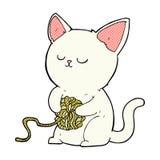 gato cômico dos desenhos animados que joga com a bola do fio Imagens de Stock Royalty Free