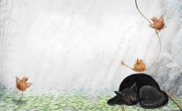 Gato con los pájaros de bebé Fotos de archivo