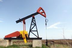 Gato de la bomba de petróleo fotos de archivo