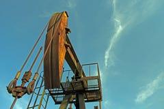 Gato de la bomba de petróleo imágenes de archivo libres de regalías