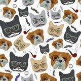 Gato e cão Vector o teste padrão sem emenda Imagens de Stock Royalty Free