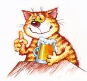 Gato rojo con una cerveza Imagenes de archivo