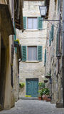 Gator av Cortona, Italien Royaltyfri Bild