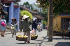 Gator av Hoi An royaltyfria bilder